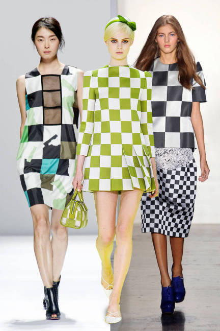 elle-52-spring-2013-trends-checkerboard-xln-lgn
